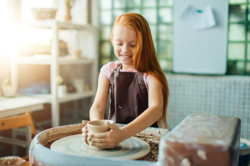 Вчимо дитину ліпити з глини