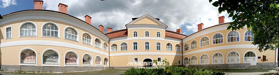 Закарпатский художественный музей имени Иосифа Бокшая или Bokshay Museum